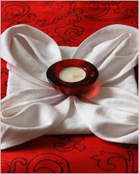 Салфетки – простейший способ украшения стола