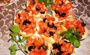 Бутерброды с помидорами по-гречески