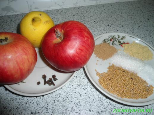 Говядина отварная с яблочной горчицей