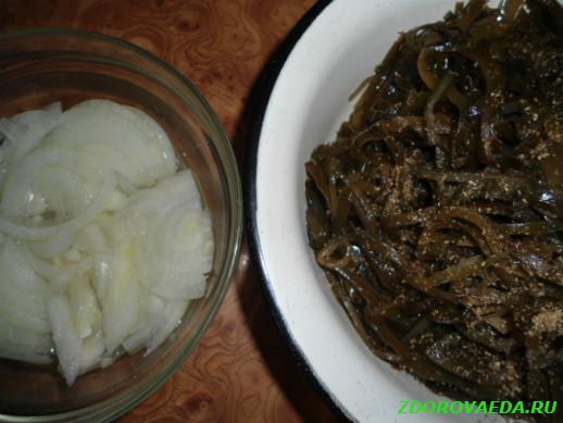 Приготовим салат из морской капусты «Прибой»