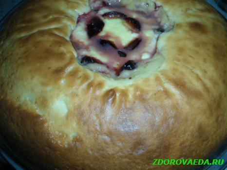 Простой творожный пирог с фруктами «Большая Ватрушка»