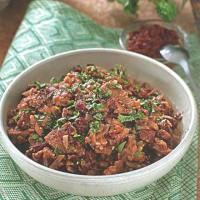 Готовим ароматное мясо с фасолью