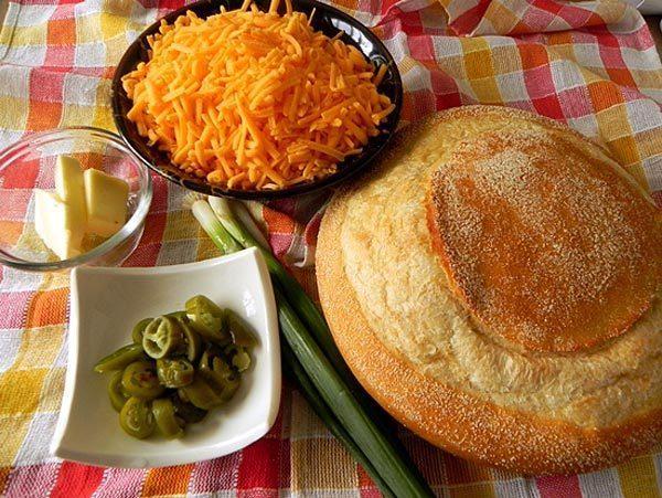Антикризисное меню : сырно - луковый  хлеб