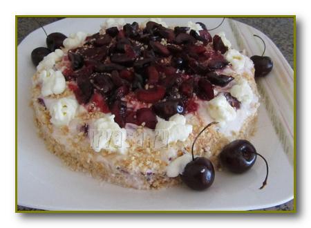 Торт из печенья и йогурта рецепт с фото