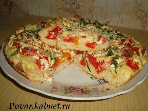 Рецепт пиццы с колбасой и сыром в домашних условиях с фото