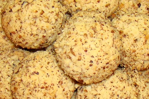 Вкусное печенье с орехами
