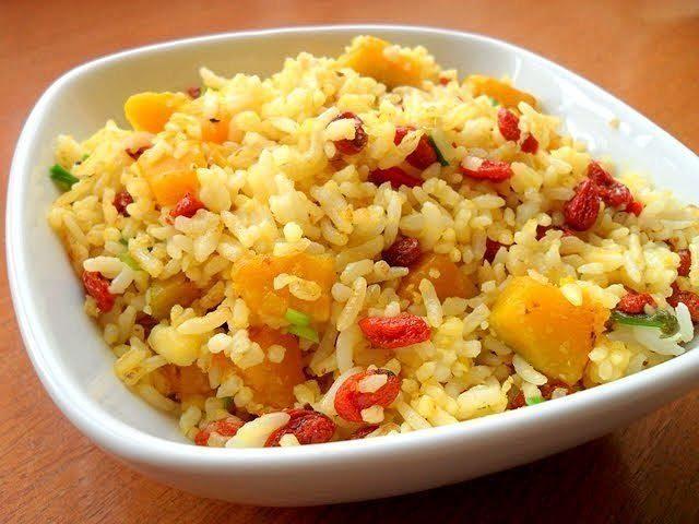 Каша тыквенно-рисовая с помидорами