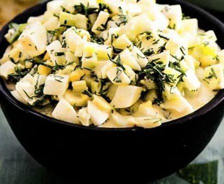 Салат из укропа и яиц